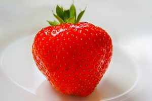 Fruits that promote weightloss- strawberry